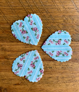 pre cut edible wafer hearts for cupcakes