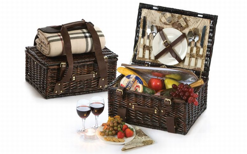Copley 2 Person Picnic Basket from our Picnic Plus line