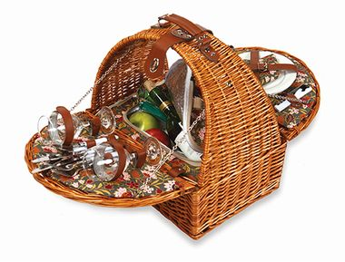 Athens Basket from our Picnic Plus line