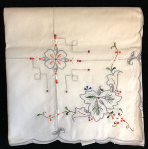 Hand-Embroidered Cotton Tablecloth 7-Piece Set