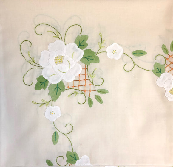 Beige Fabric White Flowers Hand-Appliqued Easy Care Tablecloth Set