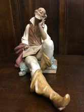 Lladro The Nobleman's Reading