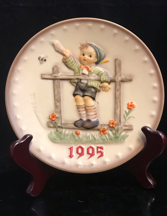 Hummel Come Back Soon 1995 Plate