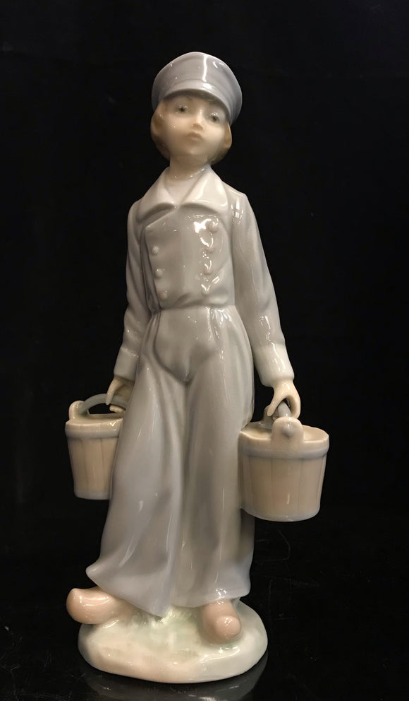 Lladro Dutch Boy