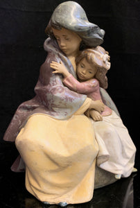 Lladro Sisterly Love
