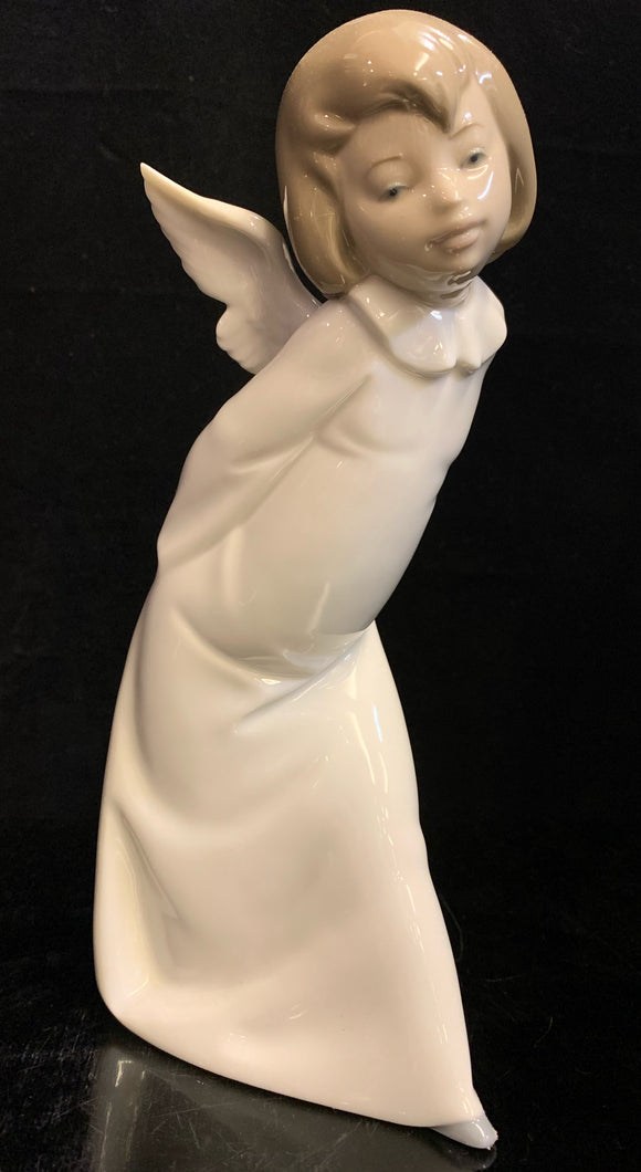 Lladro Curious Angel