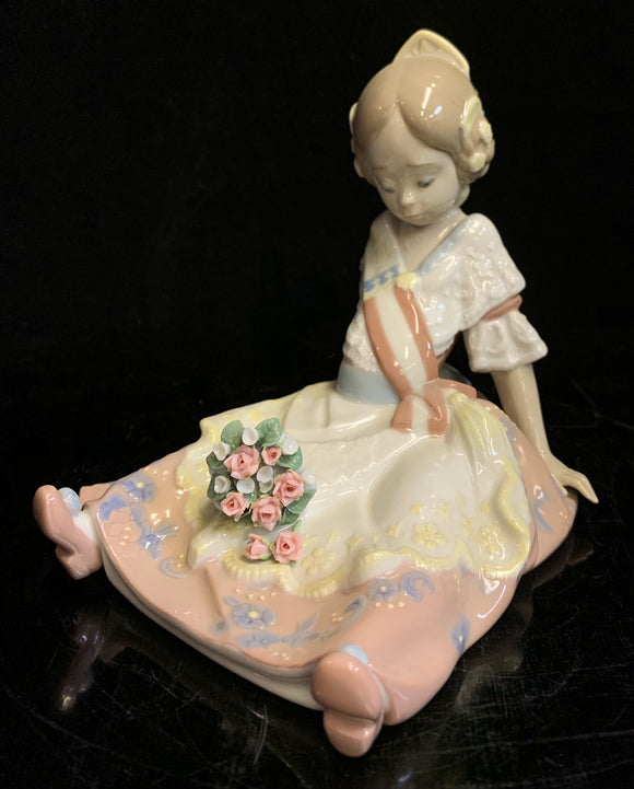 Lladro Fallas Queen