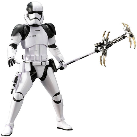 "Star Wars The Last Jedi First Order Stormtrooper Executioner 7"" ArtFX+ Action Figure SW141 (Pre-Order) - Kotobukiya"