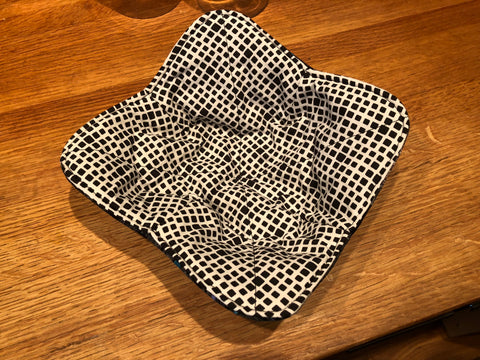 Microwave Bowl Holder - Urban Gray/Checked