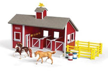 Breyer Red Stable Set