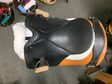 "Schleese Jane Savoie Dressage Saddle 17"" Very Good Condition #18-31"