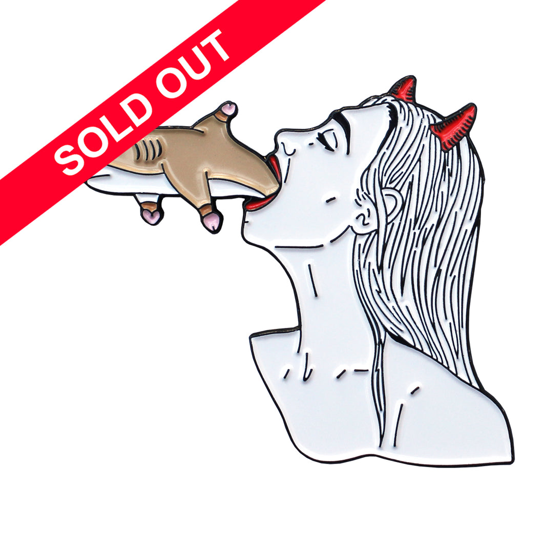 Porous & Melodie - Shark BJ Pin
