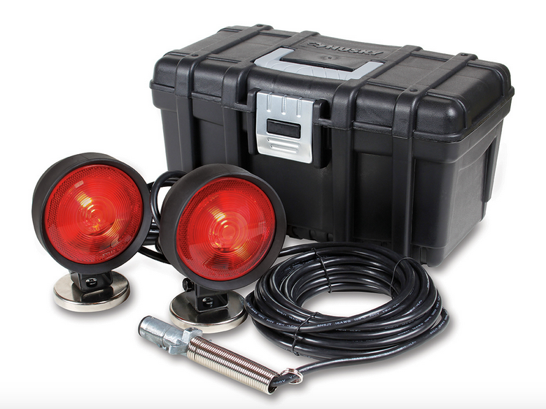 Incandescent Low Cost Replacement Tow Lights with Case