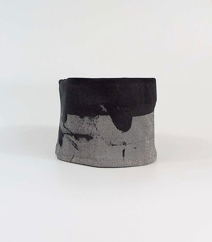 Gray Grunge - Light Gray Cuff with Splatter Effect
