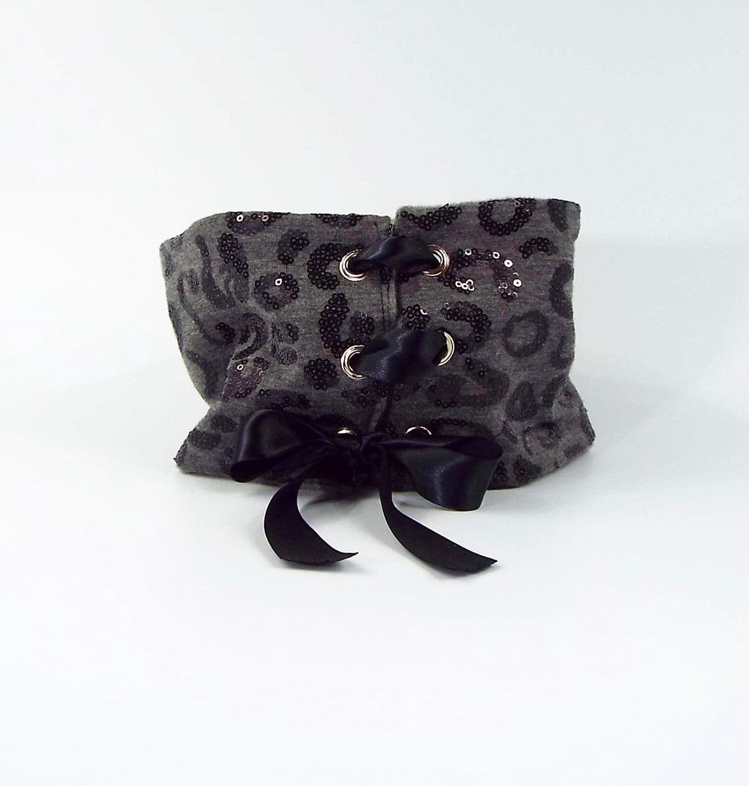Gray with Black Sequin Pattern Reversible Tie-on Cuff