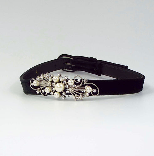 Black Velveteen Belt with Pearl Accent