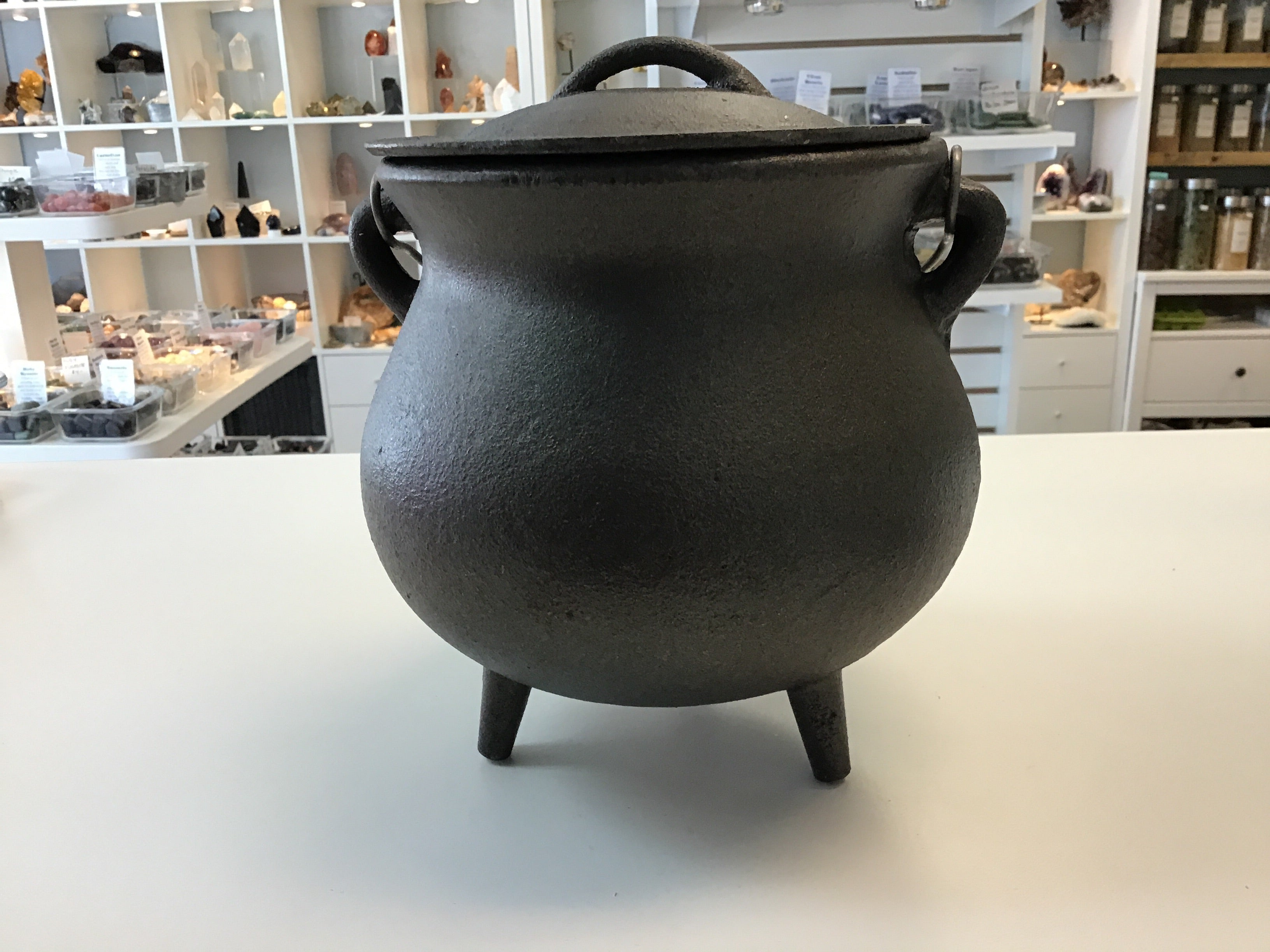 Large 7 inch cauldron