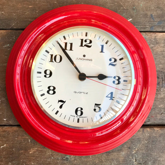 Junghans Ceramic Kitchen Clock, red