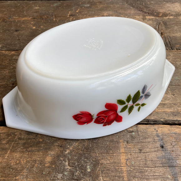 043 JAJ Pyrex June Rose oval Casserole