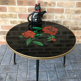 Vintage coffee table, Glass top, tapered legs