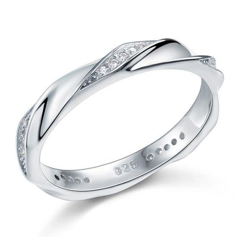 Expensive looking Silver Twist Ring Created Diamond
