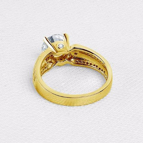 Yellow Gold Ring, Wedding Ring, 10K. Luxury, Round Cut Simulated Diamond, Engagement Ring