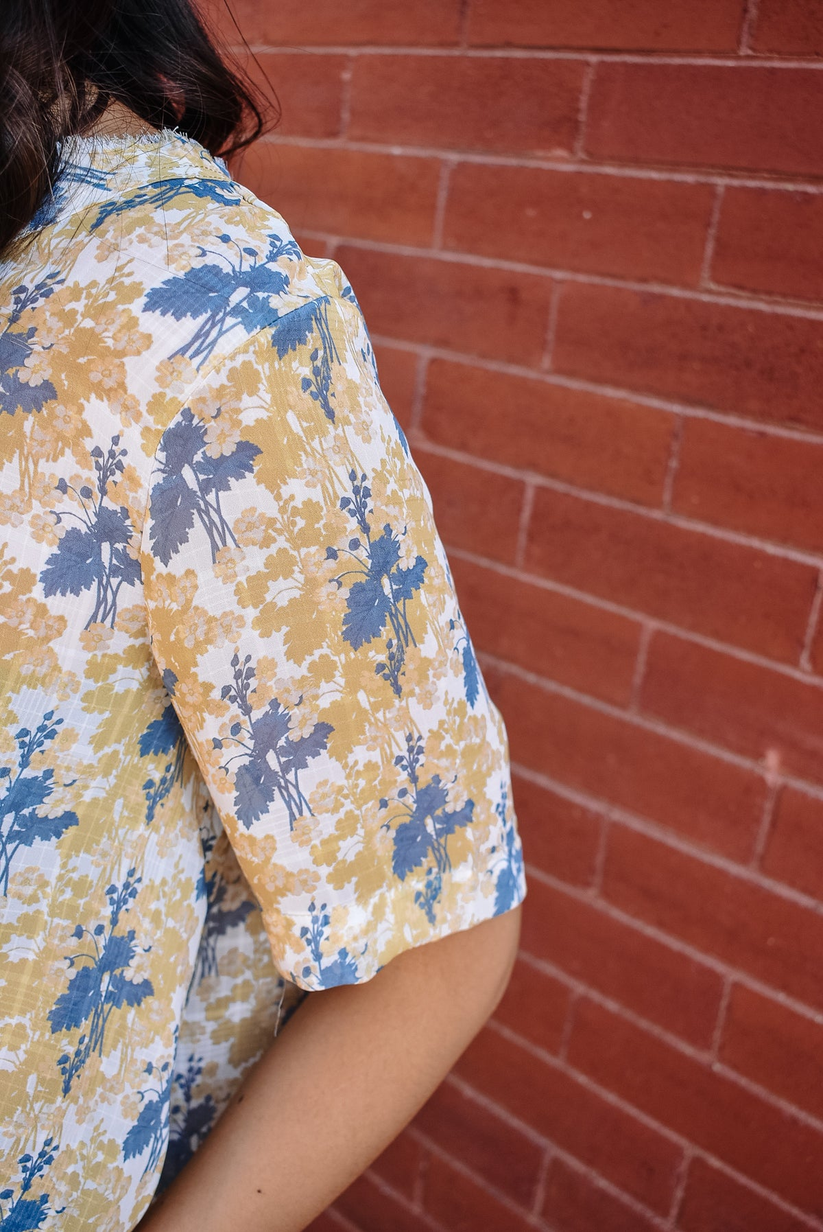 GOLDEN HOUR FLOWER TOP-NAVY/MUSTARD