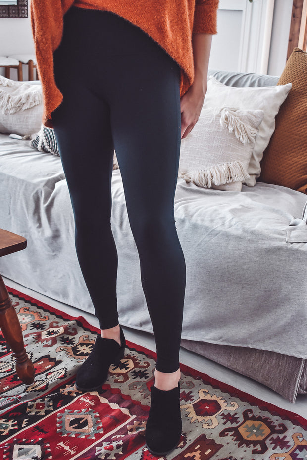 ON THE MOVE LEGGINGS-BLACK