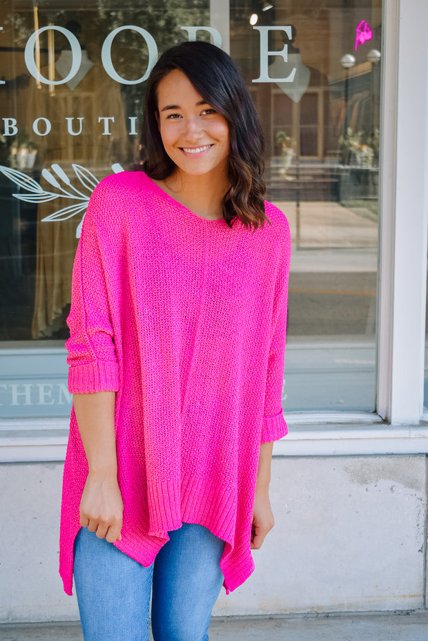 SUN DAZE SWEATER-FUCHSIA