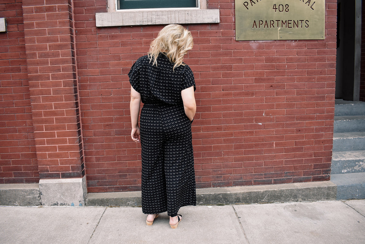 PLUS-WIDE LEG PRINT JUMPSUIT-BLACK