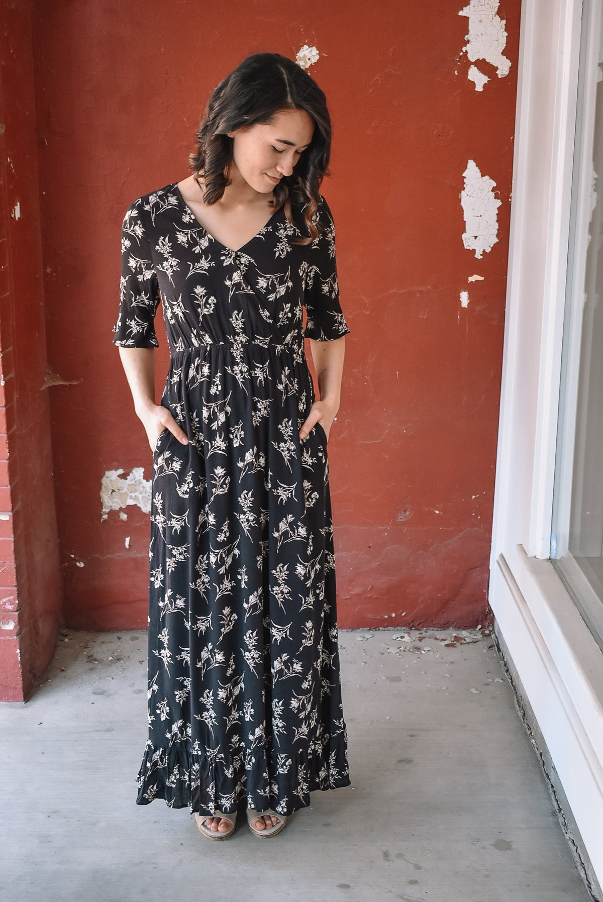 WHIMSY FLORAL MAXI-BLACK