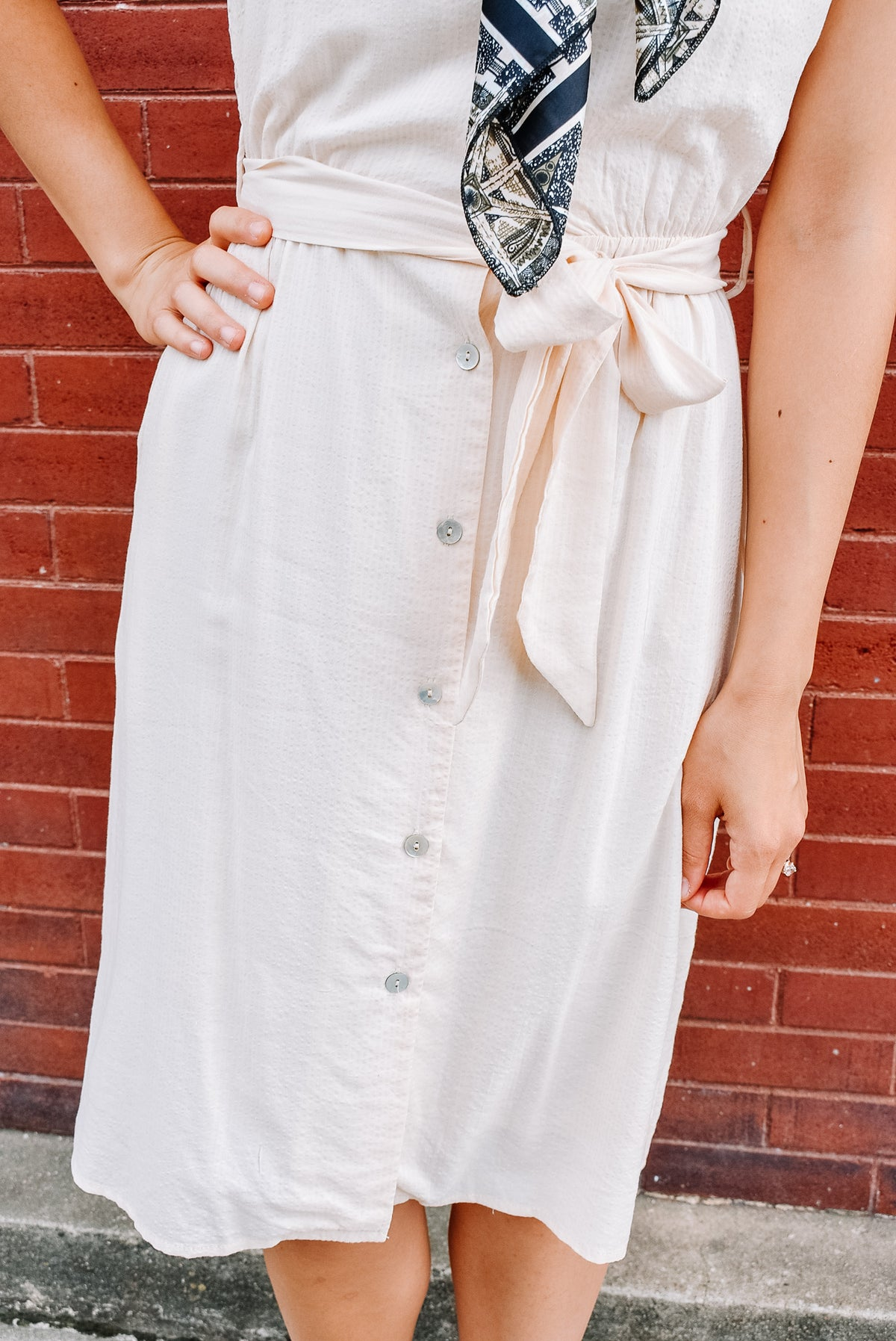 ROMAN HOLIDAY DRESS W/ TIE-NATURAL