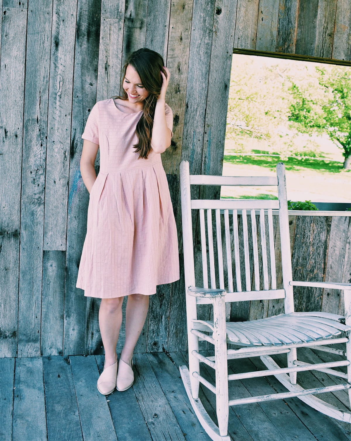 PLEATED POCKET DRESS IN BLUSH