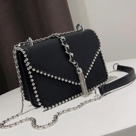 BEADED STUD BAG