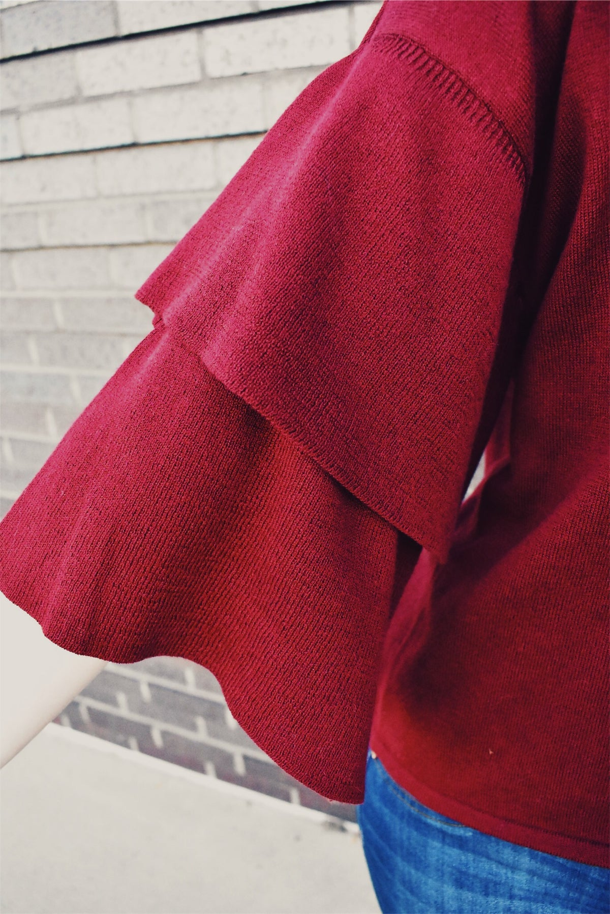 DOUBLE RUFFLE SLEEVE SWEATER - BURGUNDY *FINAL SALE