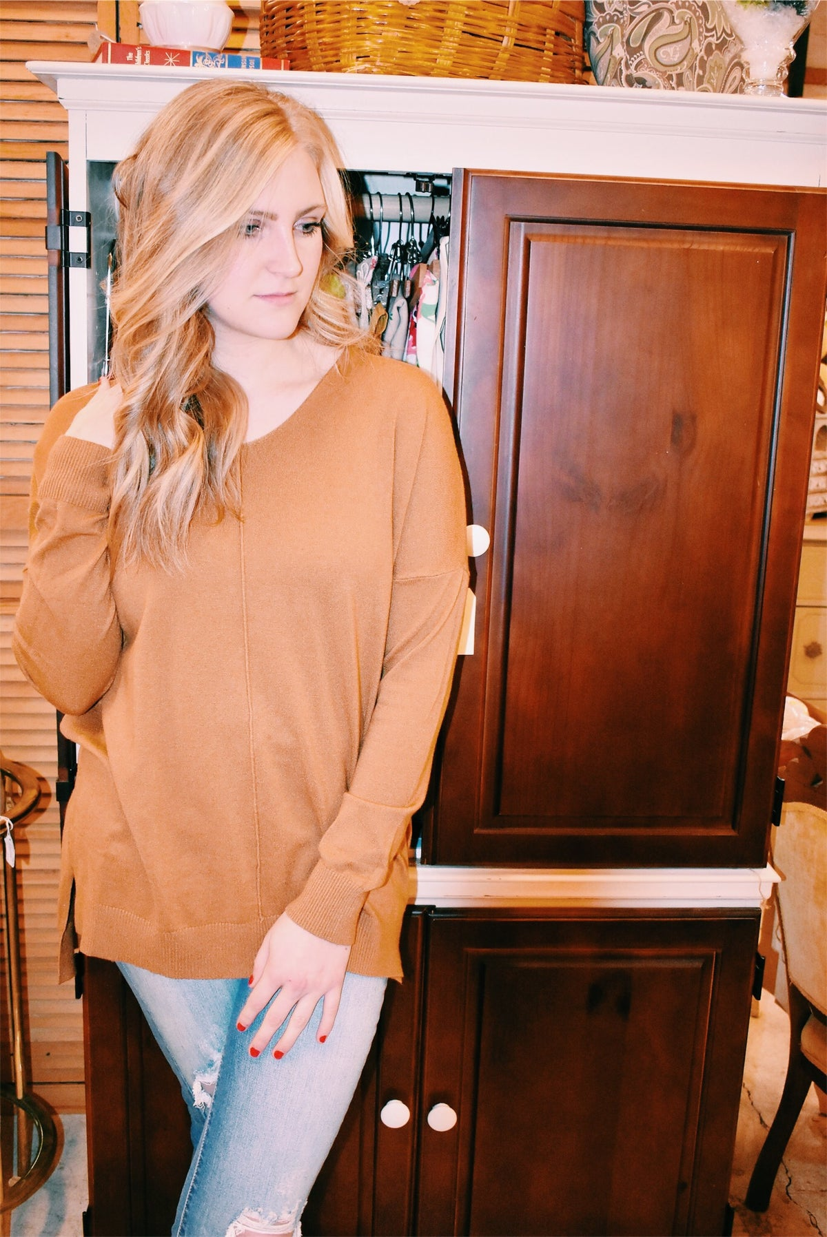 BASIC SWEATER - MUSTARD - MED/LARGE