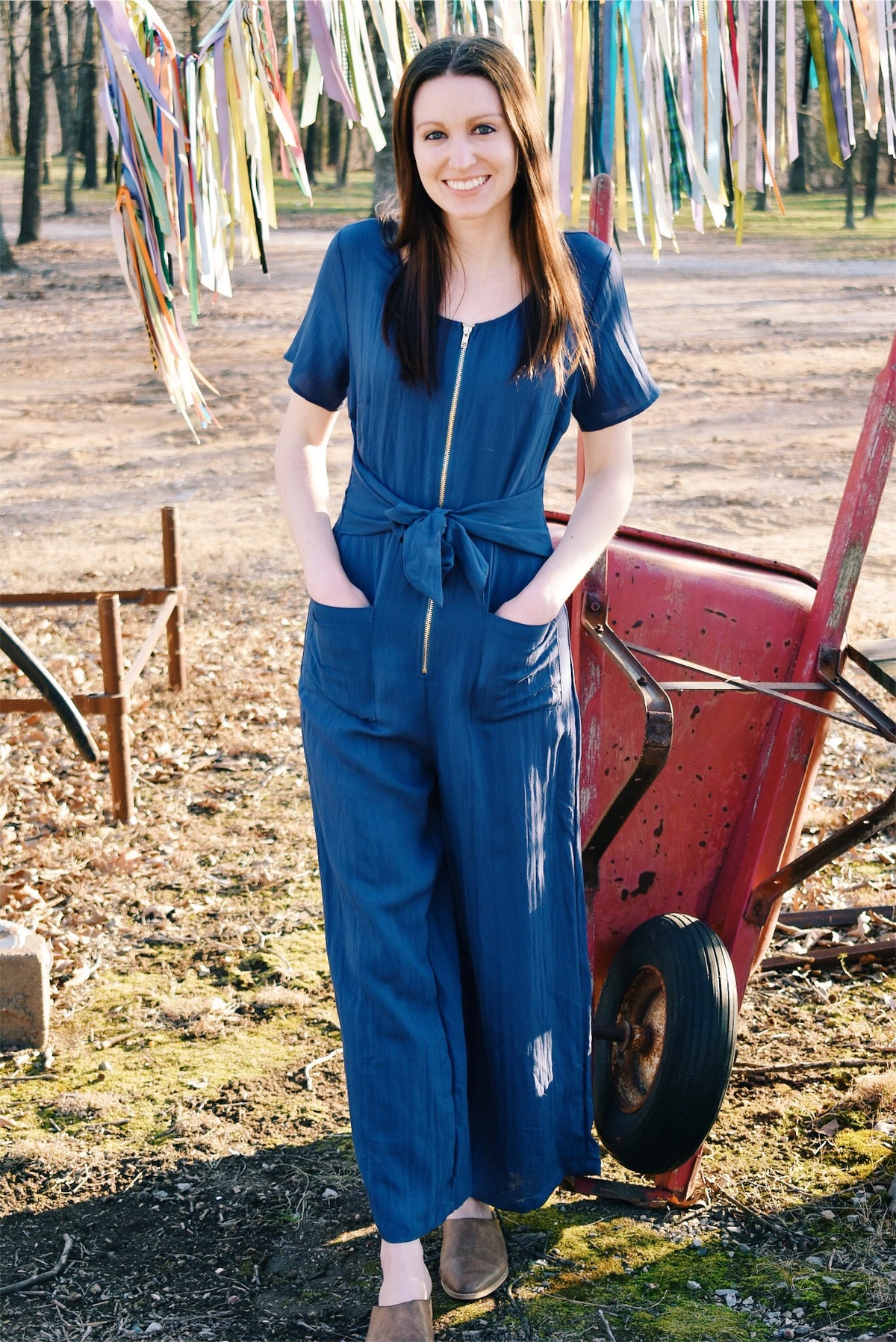 ZIP-UP JUMPSUIT