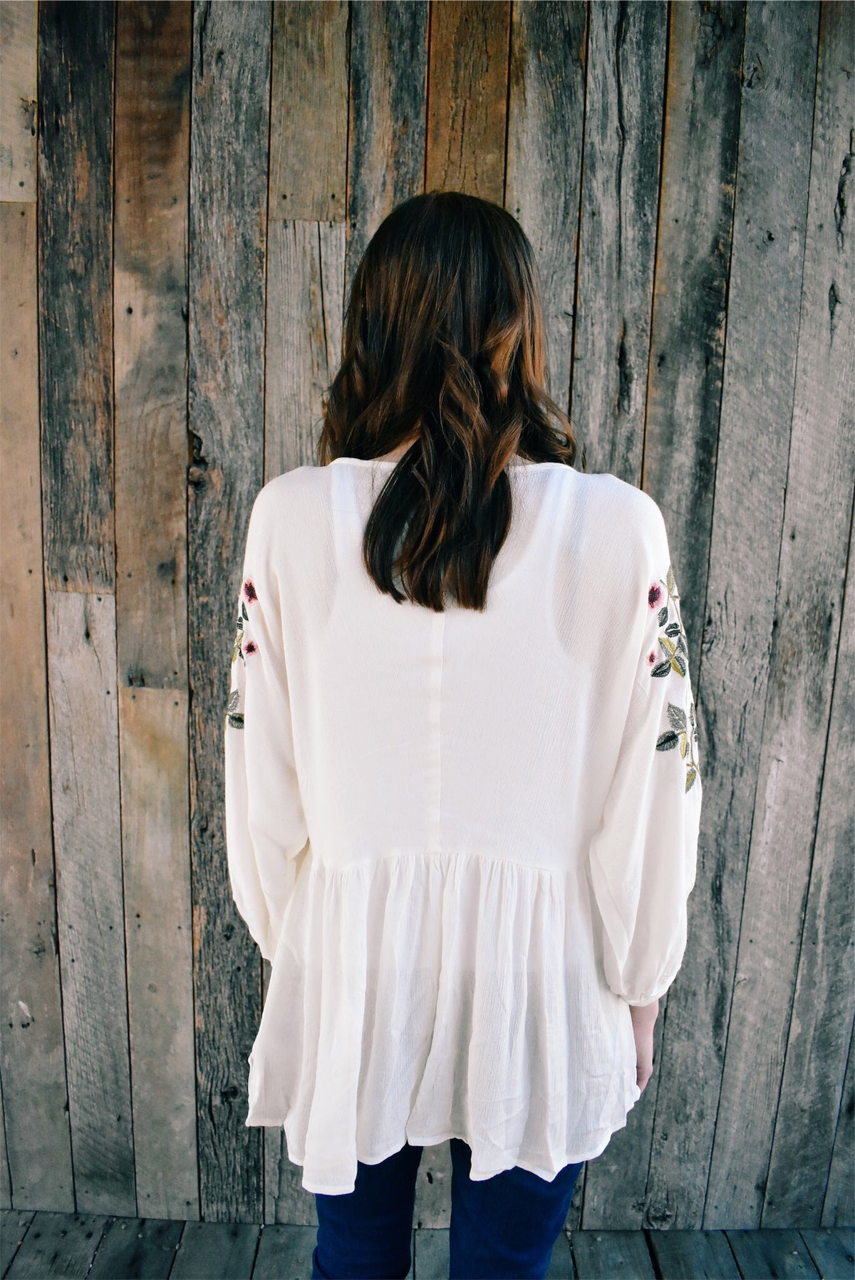 EMBROIDERED SLEEVE BLOUSE - WHITE