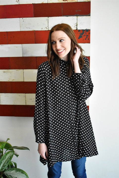POLKA DOT BUTTON-UP TUNIC