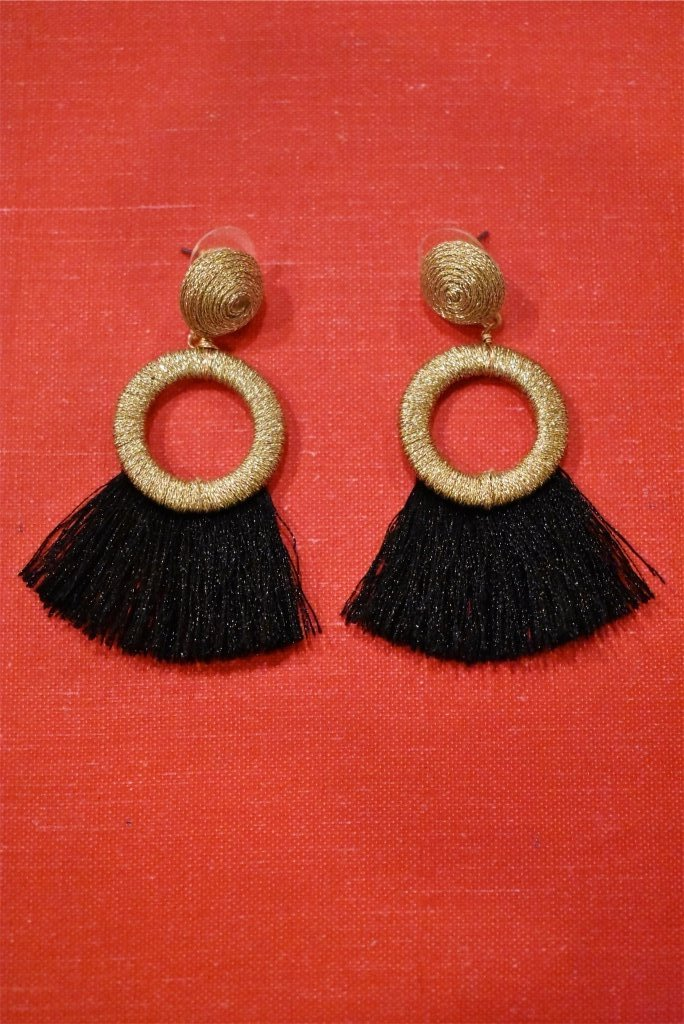 EARRINGS - BLACK/GOLD TASSEL
