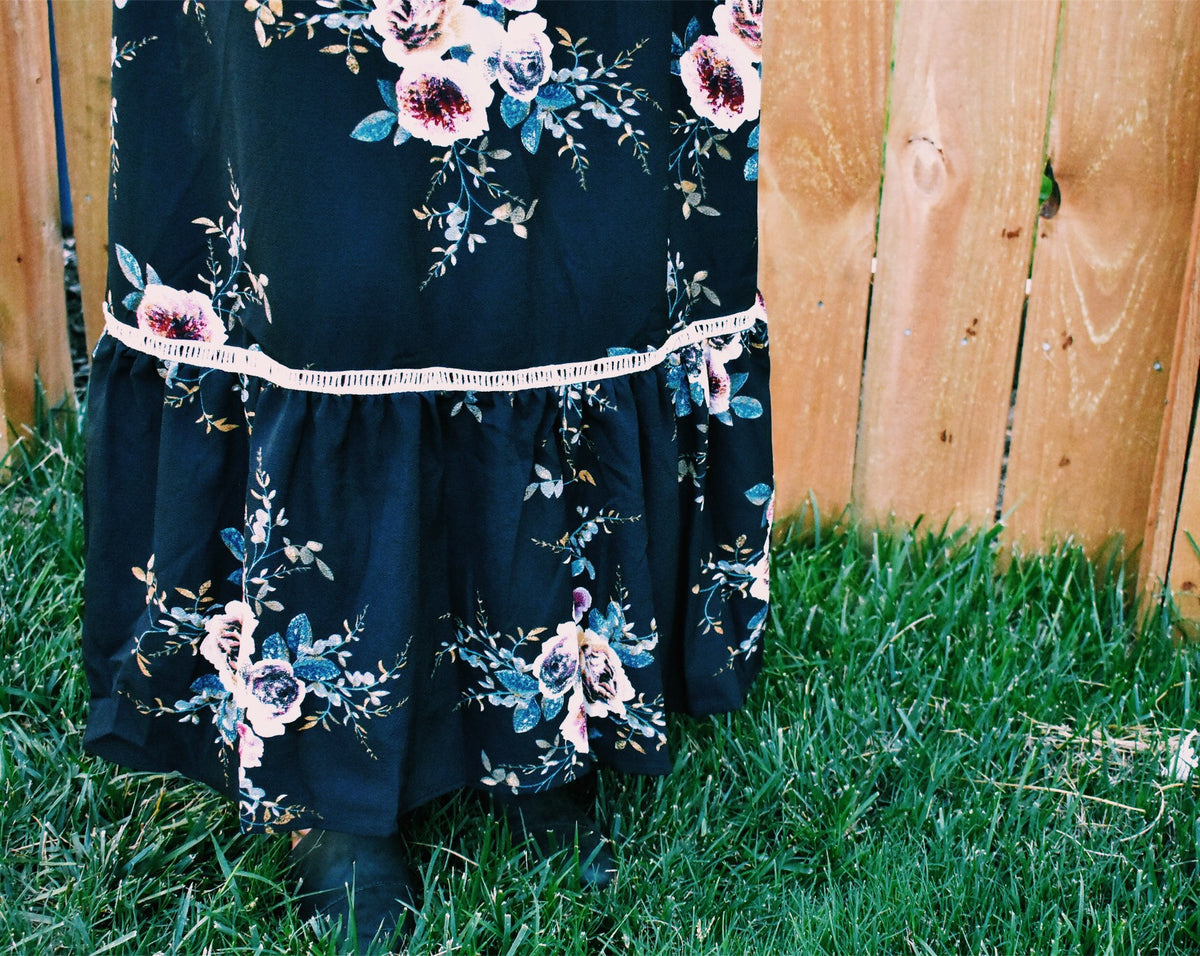 BLACK FLORAL LONG SLEEVED MAXI *FINAL SALE