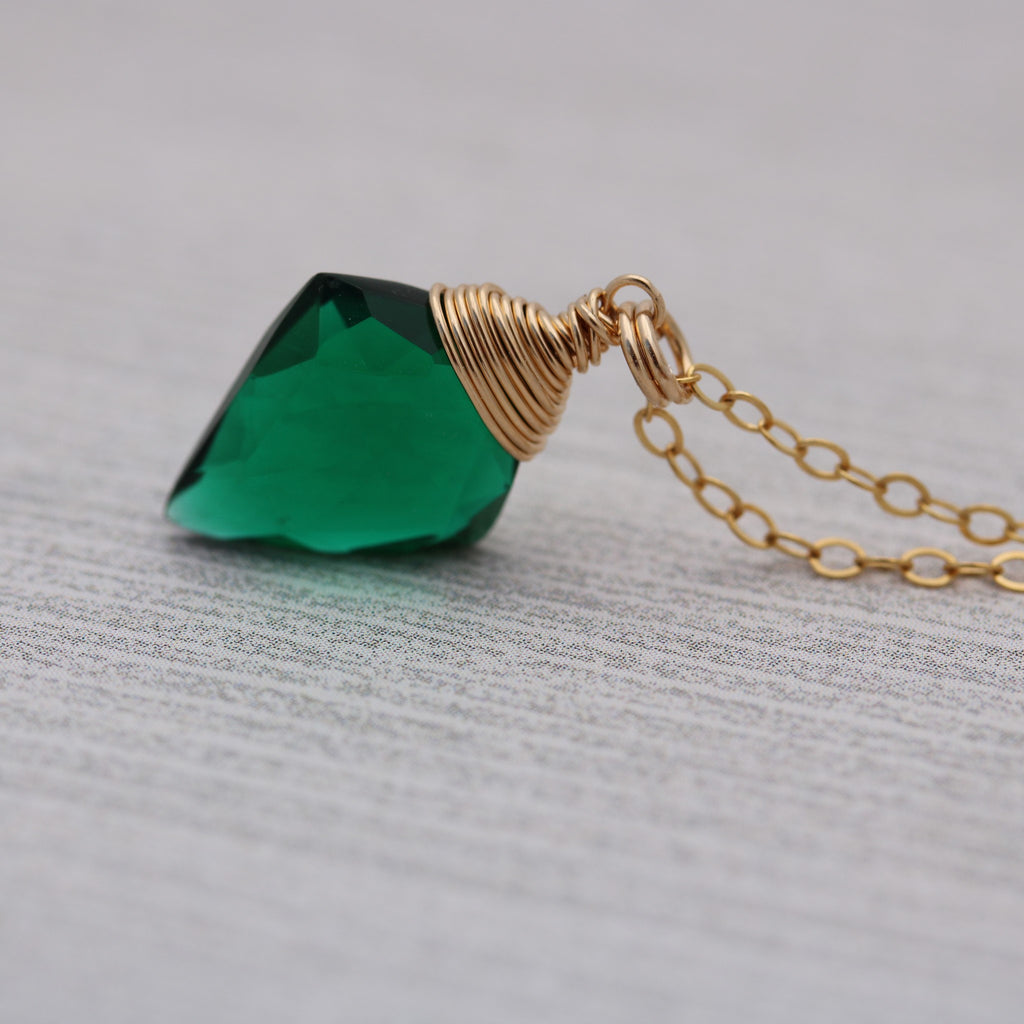 Quartz Arrowhead Necklace Green 14 k Gold Filled - Sienna Grace Jewelry
