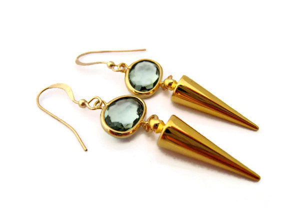 Minimalist Gold Spike Earring with Gray Glass Stone