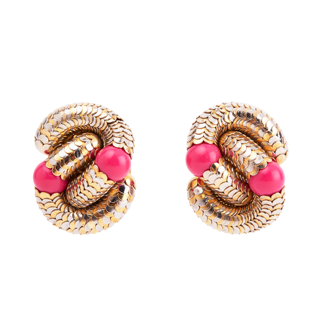 Vanessa's Vintage Vintage Unsigned Clip Earrings