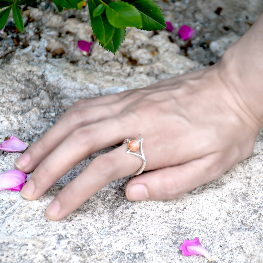PLAITLY Petal Ring with Sunstone