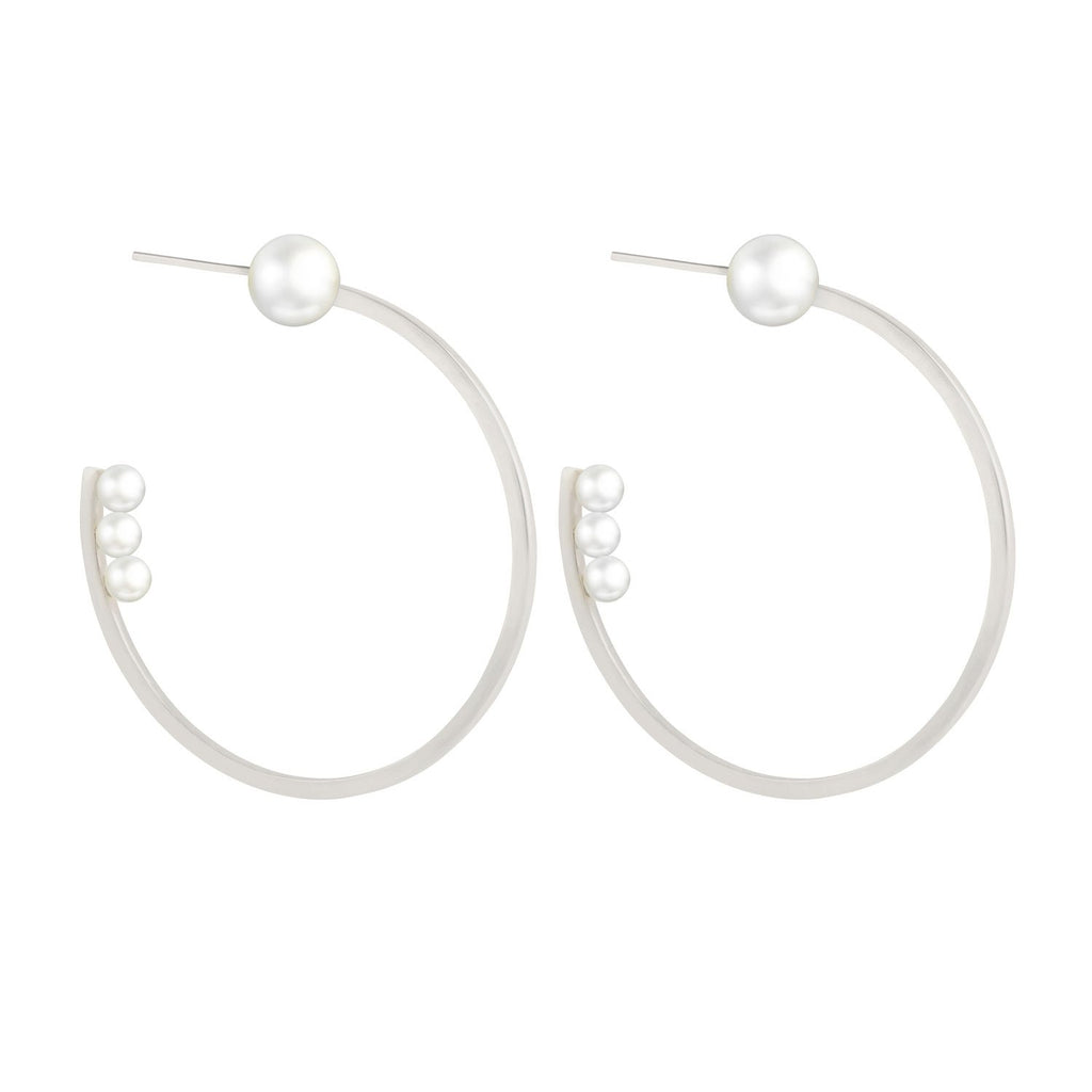 [in]trigue  Voyage Pearl Hoop Earrings - Silver