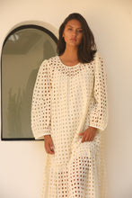 V De Vinster - Shiffli cream dress