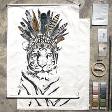 numero 74 - Embroidery Crazy Animal Kit / Tiger