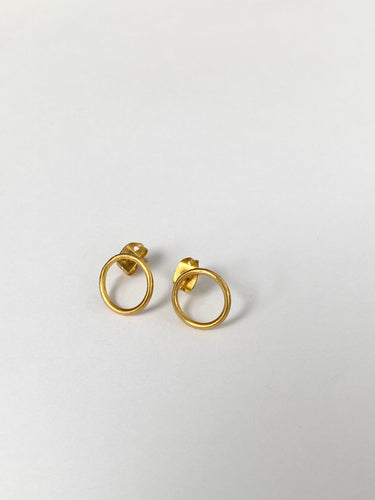 plated gold circle earrings