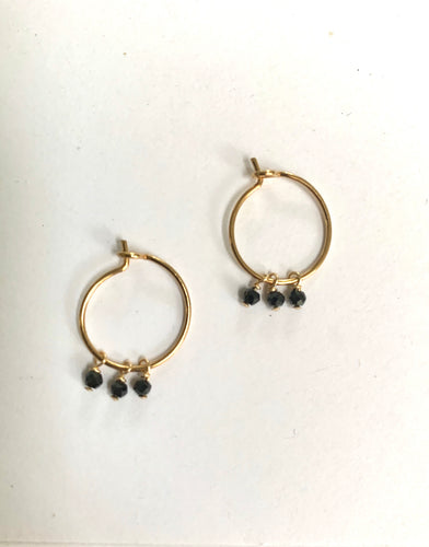 hoop black stones earrings